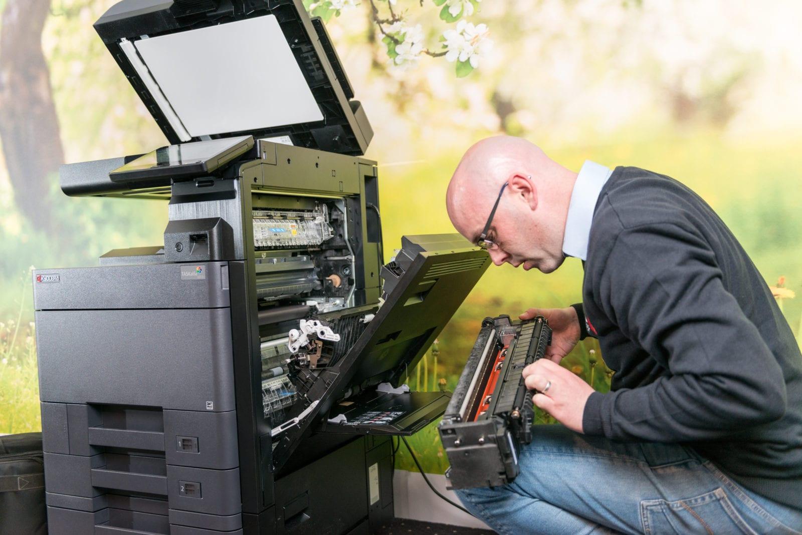 Storingen in de printer oplossen technische dienst van ISO Groep