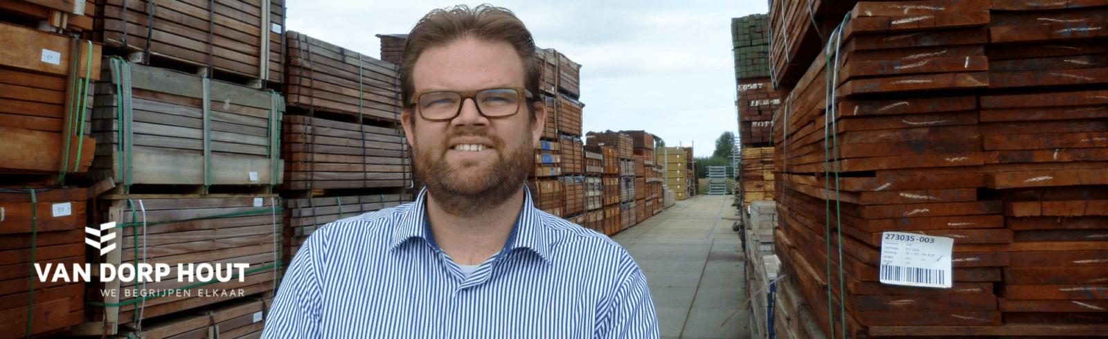 Henk-Arie Schra Van Dorp Hout Zoetermeer blij met telefonie ISO Groep