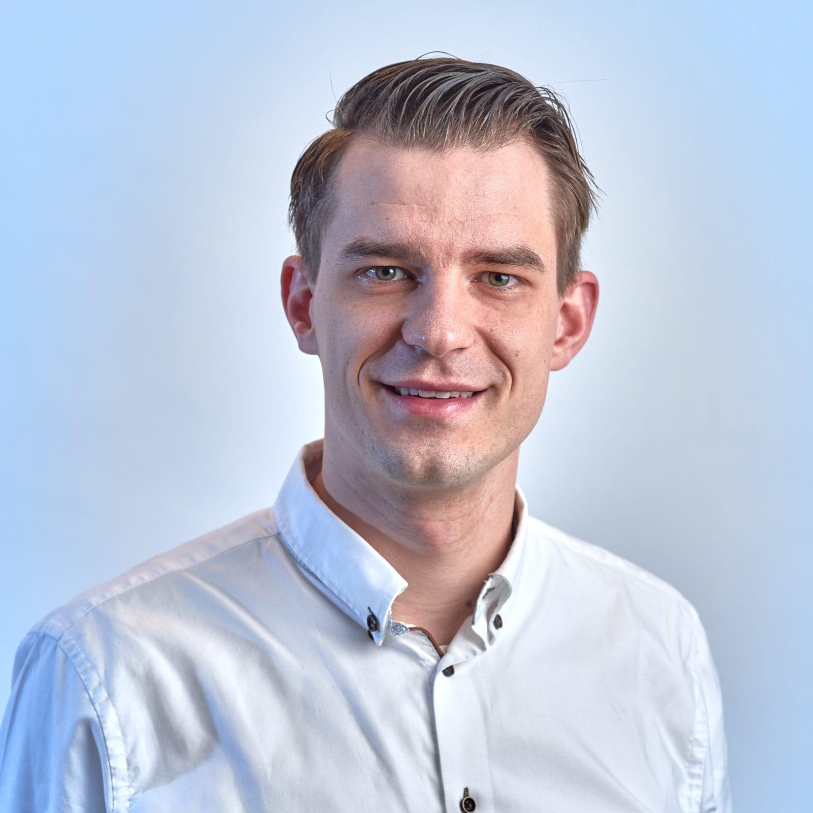 Portretfoto Lennard van Gelder