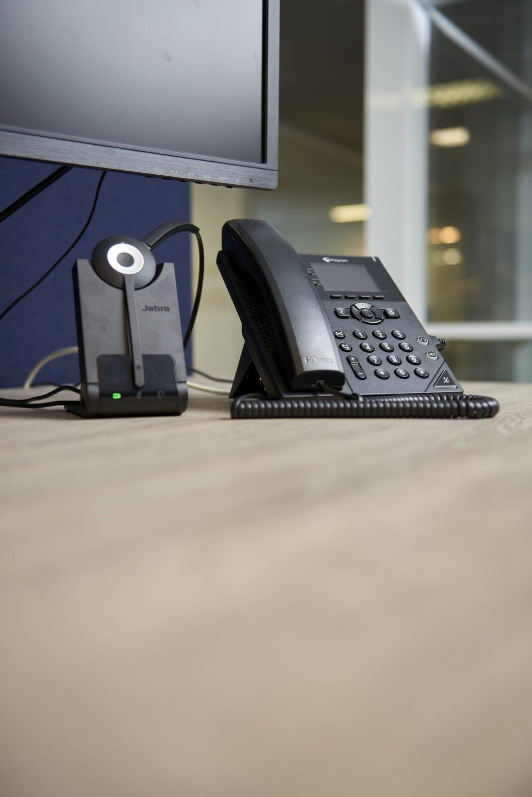 ISO Groep inrichting werkplek Haaften vast mobiel headset telefoon