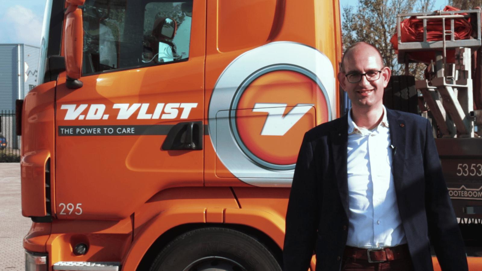 Foto Geert Bok van Van Vlist is blij met de printapparatuur van ISO Groep